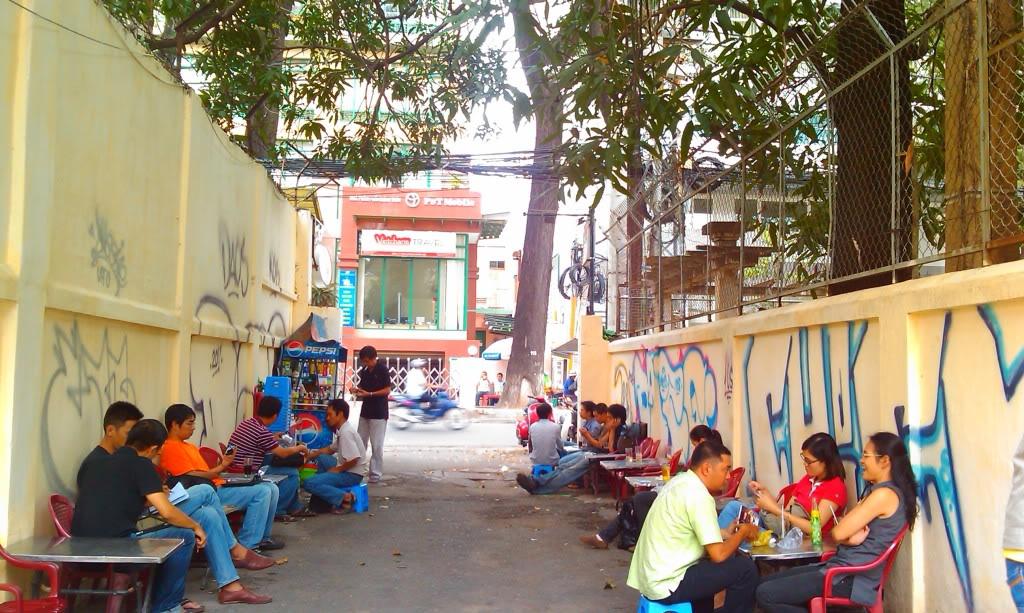 Cư dân Sài Gòn yêu thích những quán cafe như thế nào? cfSG4