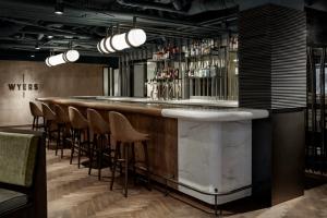 Nhà hàng Wyers bar, Amsterdam - Hà Lan 1