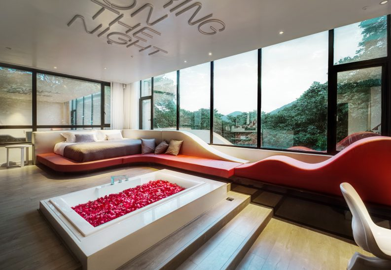 Dịch vụ 5 Reasons Why You Have to Enjoy the Hospitality Design of Love Hotel 1 e1503913156261