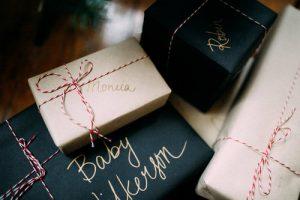 NHỮNG CÁCH ĐƠN GIẢN ĐỂ TRANG TRÍ GIÁNG SINH VỚI CHI PHÍ THẤP NHẤT ChristmasDecorationsMinimalistChristmasDecorOnABudget 19