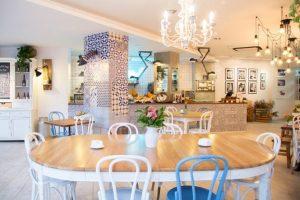 Cafe bánh ngọt - xu hướng kinh doanh cafe hiện đại cafe banh ngot 7