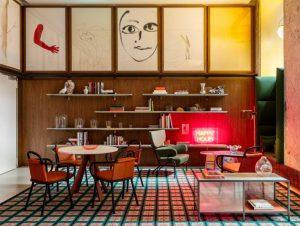 Patricia Urquiola thiết kế đầy màu sắc cho chuỗi khách sạn Room Mate ở MiLan patricia urquiola room mate hotels interior design milan dezeen 936 1 852x642