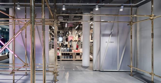 American Eagle Studio bởi Checkland Kindleysides, New York thiet ke noi that showroom thoi trang 11