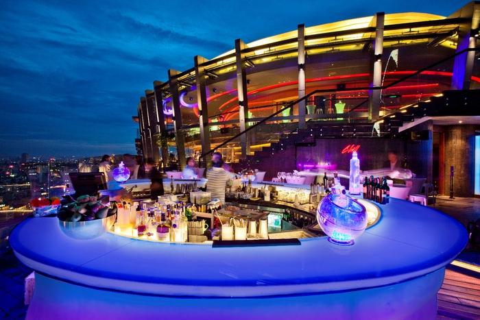 Khám phá 7 quán bar Rooftop 'sang chảnh' giữa Sài Gòn chill bar giai thuong chau a thai binh duong