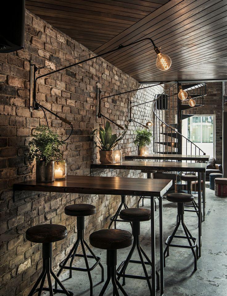 Yếu tố quan trọng giúp quán cafe thu hút khách hàng khong gian quan cafe
