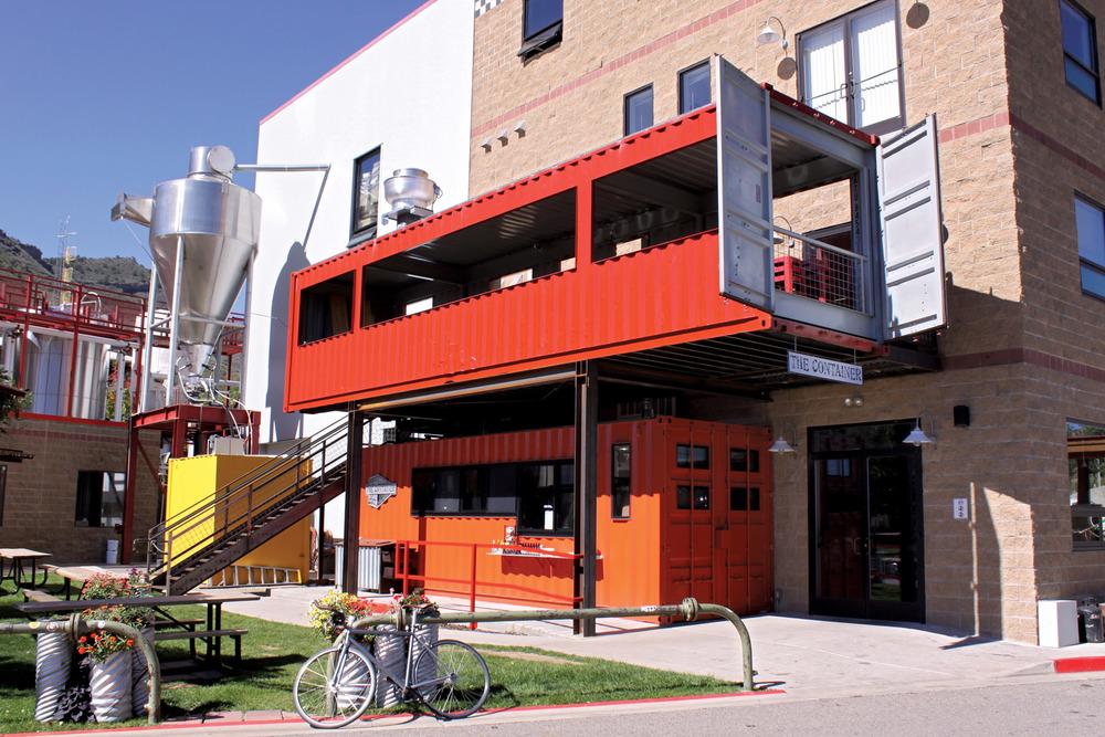 Những ý tưởng thiết kế quán cafe container cực hút khách quán cafe container đẹp 4