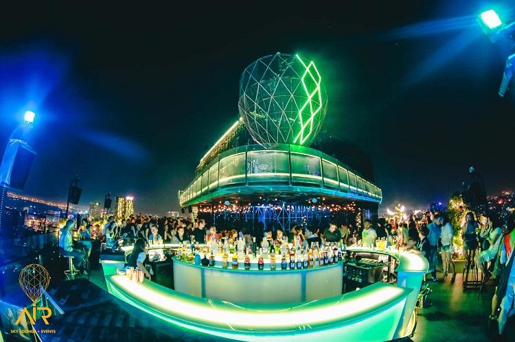 Khám phá 7 quán bar Rooftop 'sang chảnh' giữa Sài Gòn quan bar