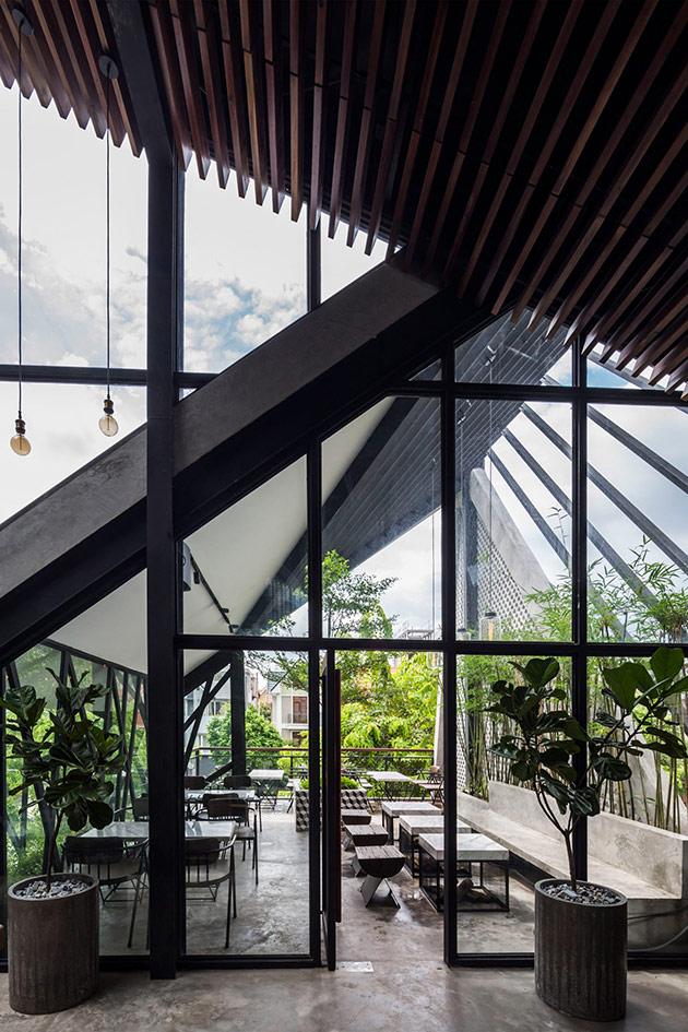 Tăng doanh thu quán cafe từ sự khác biệt trong phong cách thiết kế nội thất quan cafe dep 1