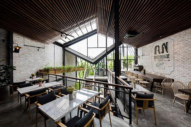 Tăng doanh thu quán cafe từ sự khác biệt trong phong cách thiết kế nội thất quan cafe dep 5