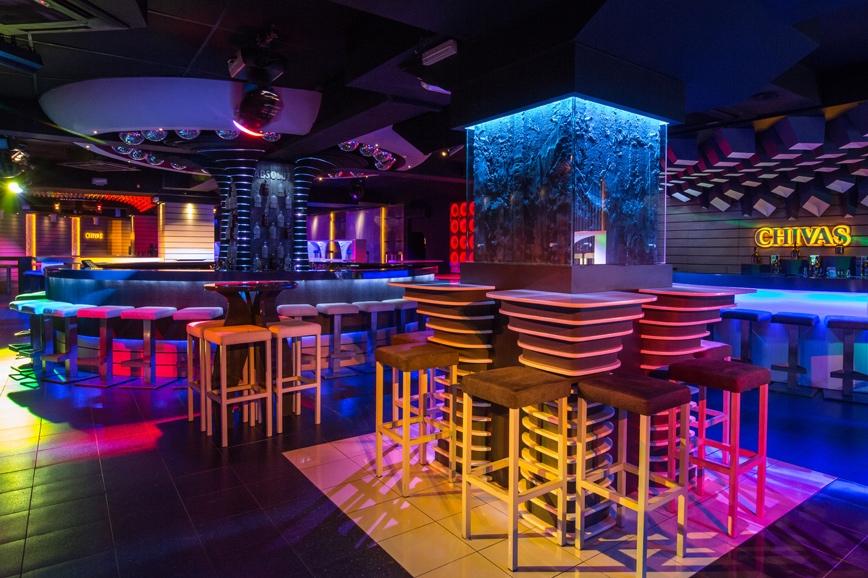 Thiết kế thi công nội thất bar chuyên nghiệp 2 20399