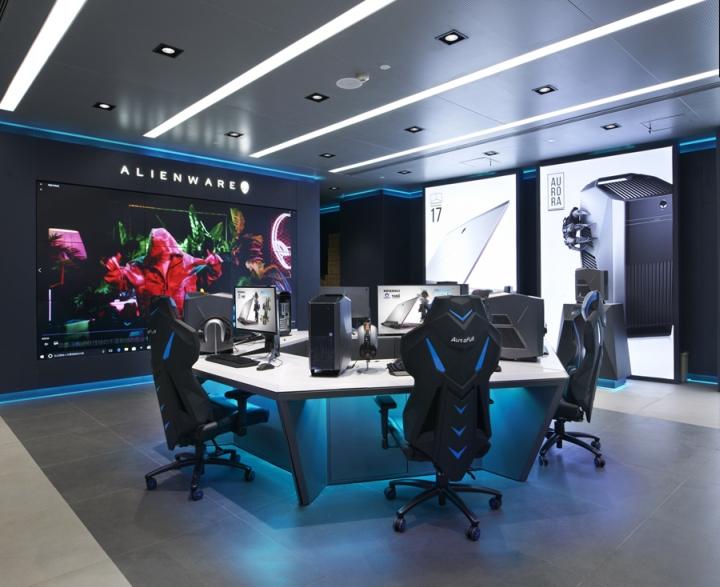 Nâng tầmthương hiệu với showroom máy tính được thiết kế hiện đại thiet ke showroom may tinh 4