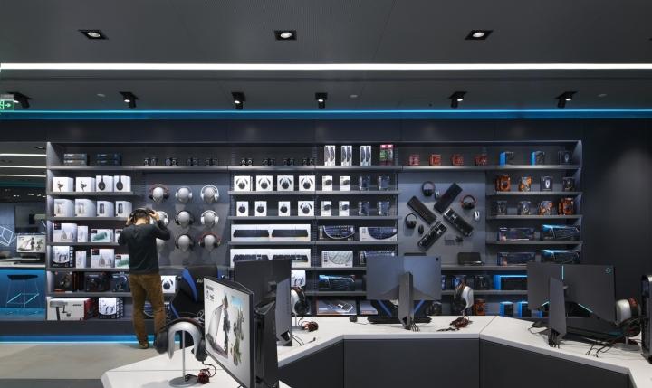 Nâng tầmthương hiệu với showroom máy tính được thiết kế hiện đại thiet ke showroom may tinh 5