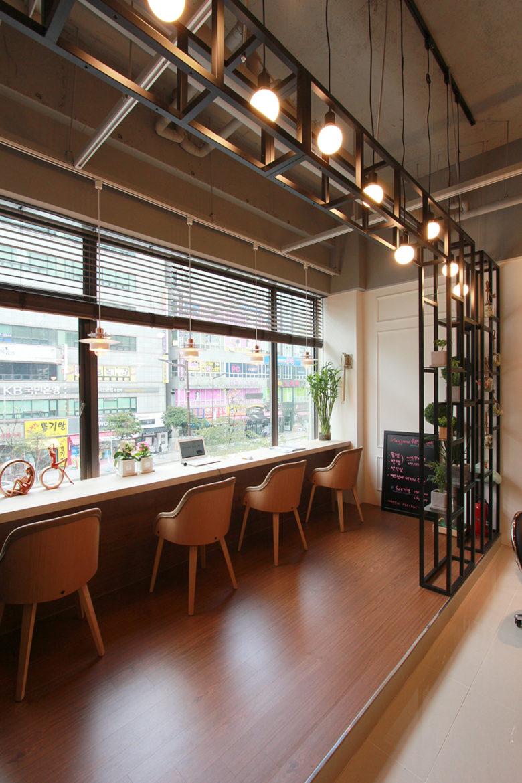 Chiêm ngưỡng không gian Nail cao cấp tại Hàn Quốc mau thiet ke salo nail dep 10