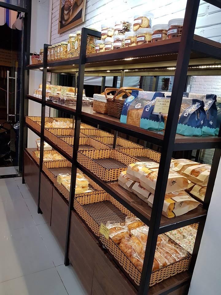Thiên - Bread n' more - Thu hút khách hàng với phong cách trẻ trung hiện đại thiet ke tiem banh cafe tai Thu Duc 9