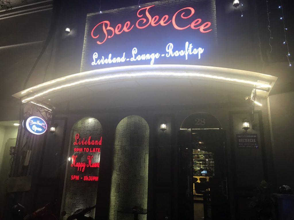 Bee Tee Cee - khám phá tổ hợp Bar-Lounge -Rooftop độc đáo tại HCM thiet ke thi cong bar club 4