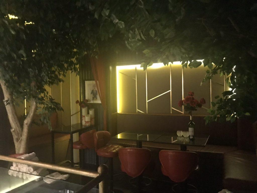 Bee Tee Cee - khám phá tổ hợp Bar-Lounge -Rooftop độc đáo tại HCM thiet ke thi cong bar club 6