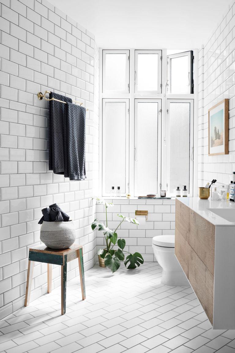 Scandinavian Style - Thổi hồn phong cách Bắc Âu vào ngôi nhà của bạn scandinavian design accessories cute small bathrooms modern scandinavian style scandinavian industrial design upstairs bedroom