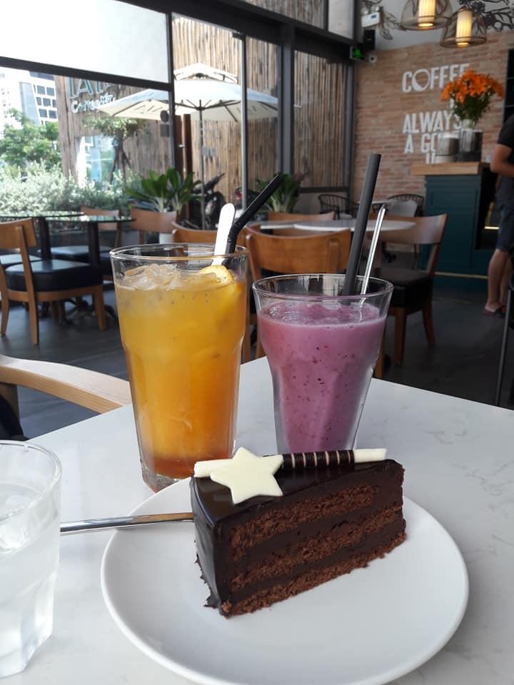 LALA Coffee&Tea - Ốc đảo xanh giữa lòng thành phố thiet ke thi cong quan cafe dep 14