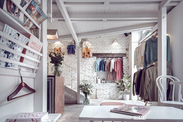 Ấn tượng mô hình cafe kết hợp shop thời trang thiet ke cafe shop 1