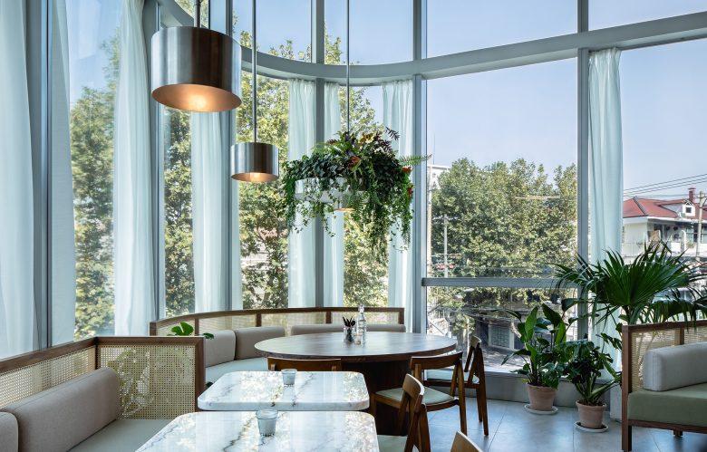 Không gian nhà hàng phá cách với phong cách nội thất TROPICAL thiet ke nha hnag phong cach nhiet doi 12