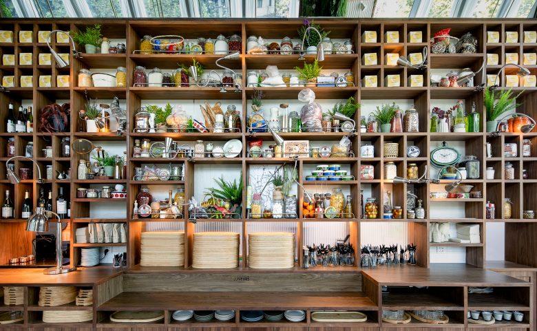Không gian nhà hàng phá cách với phong cách nội thất TROPICAL thiet ke nha hnag phong cach nhiet doi 3