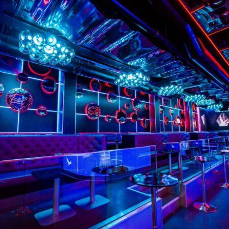 Mẫu không gian quán bar thiết kế hiện đại