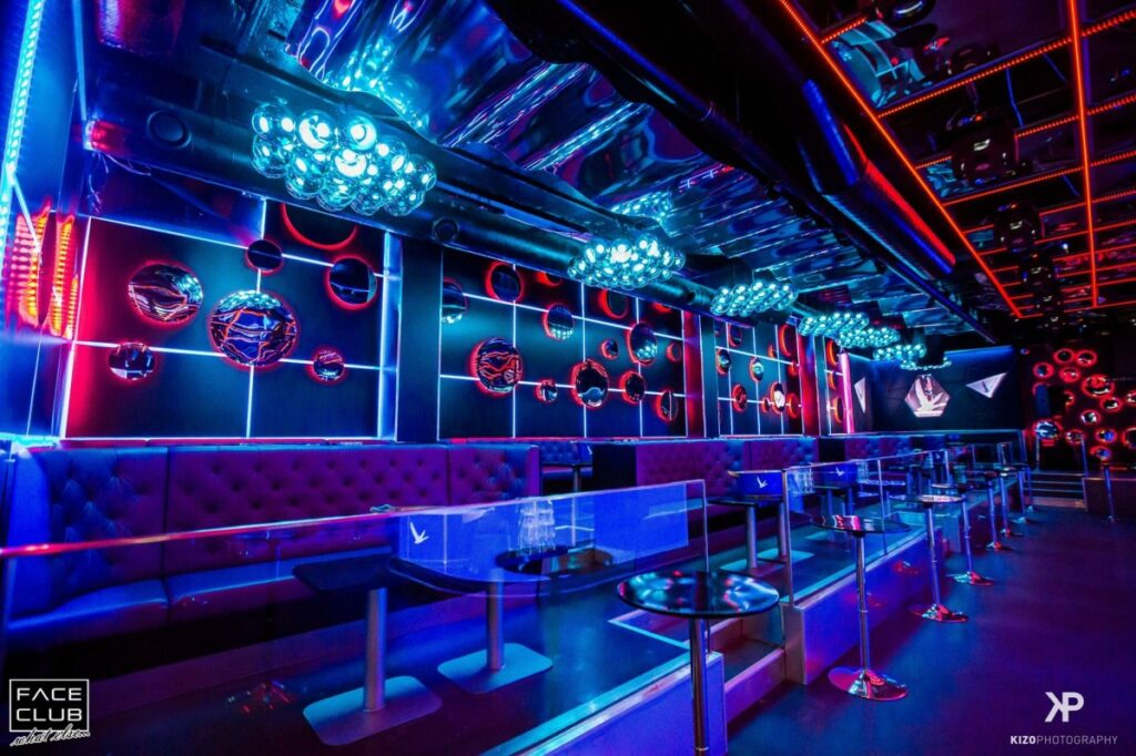 Mẫu không gian quán bar thiết kế hiện đại thiet ke quan bar dep 11